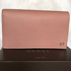 Gucci Bags - GUCCI leather bag authentic 100% made in Italy